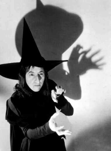 08_palainco_fog_and_morup_torsten_thorup_claus_bonderup_witch_hat_pendant_margaret_hamilton_the_wizard_of_oz